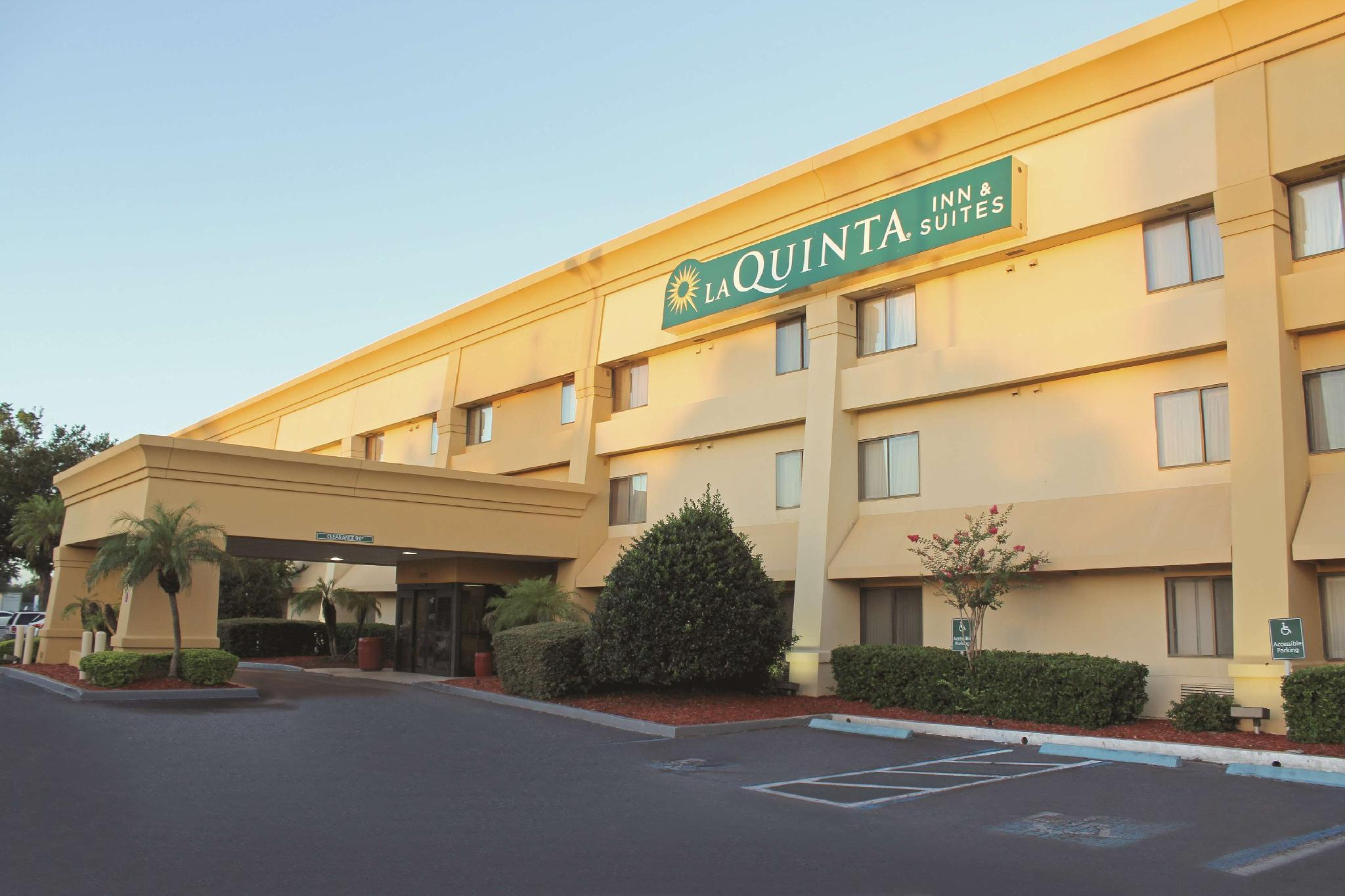 La Quinta Inn And Suites By Wyndham Orlando South
