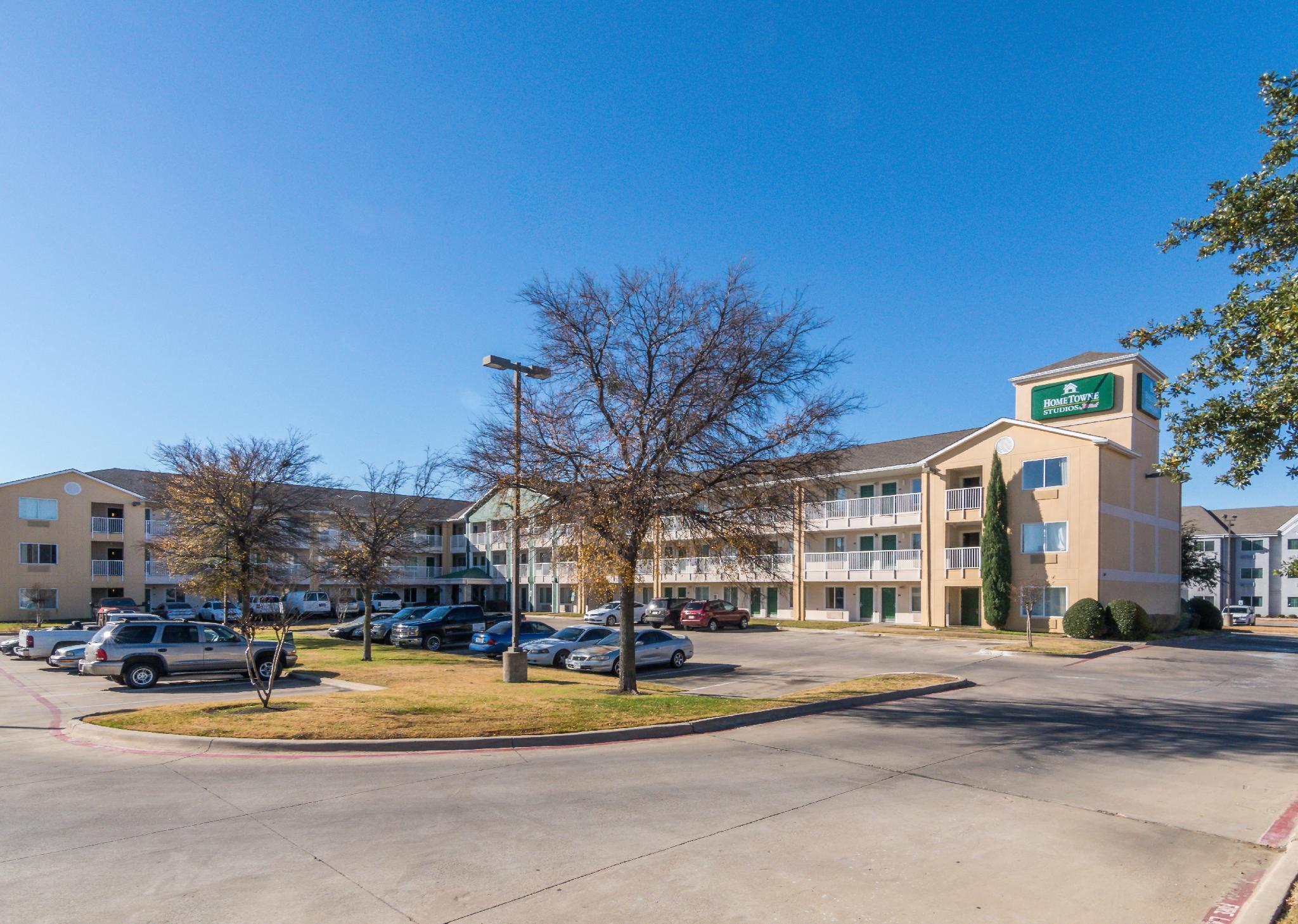 HomeTowne Studios Dallas   Fort Worth