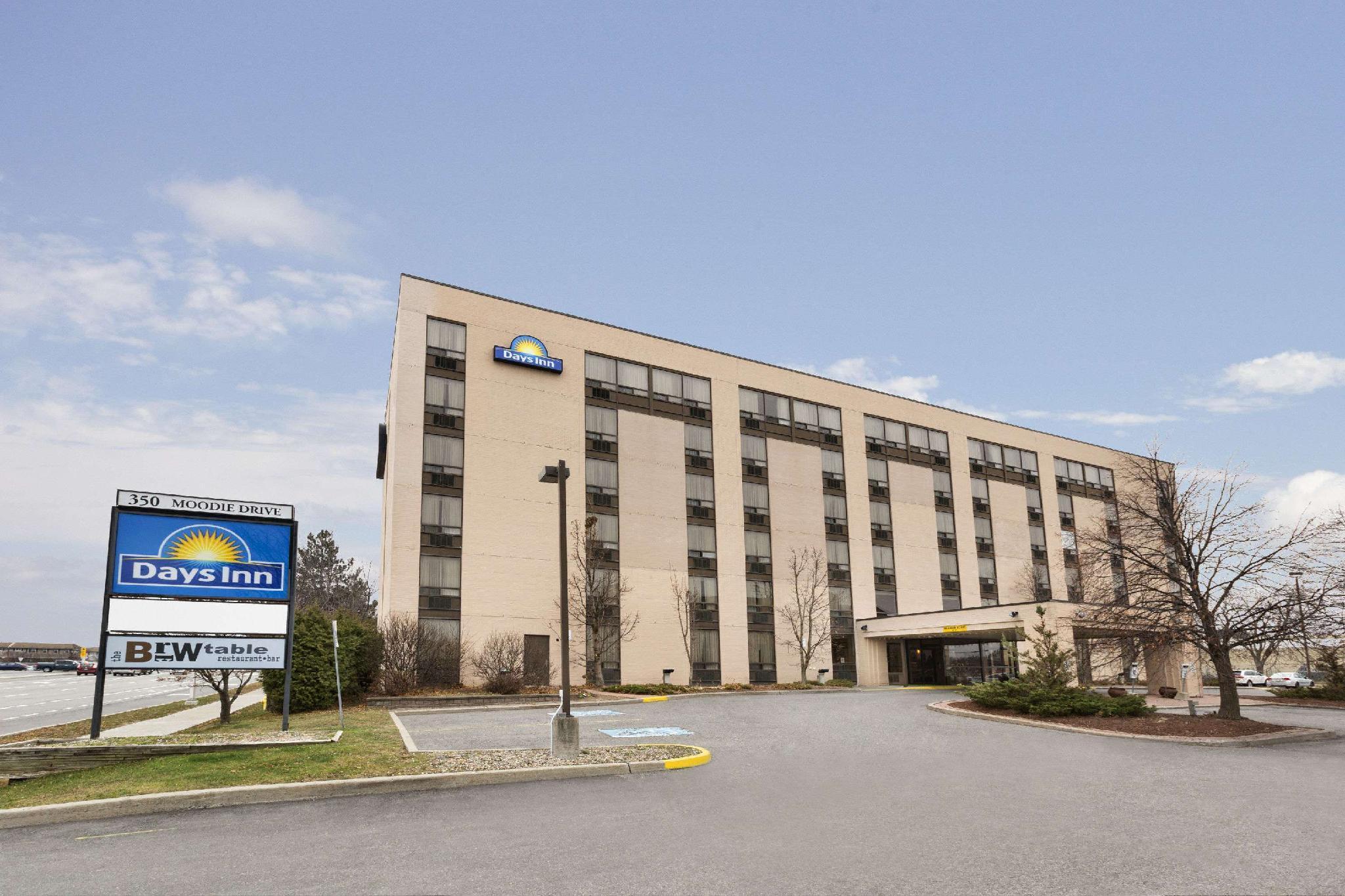 Days Inn By Wyndham Ottawa West