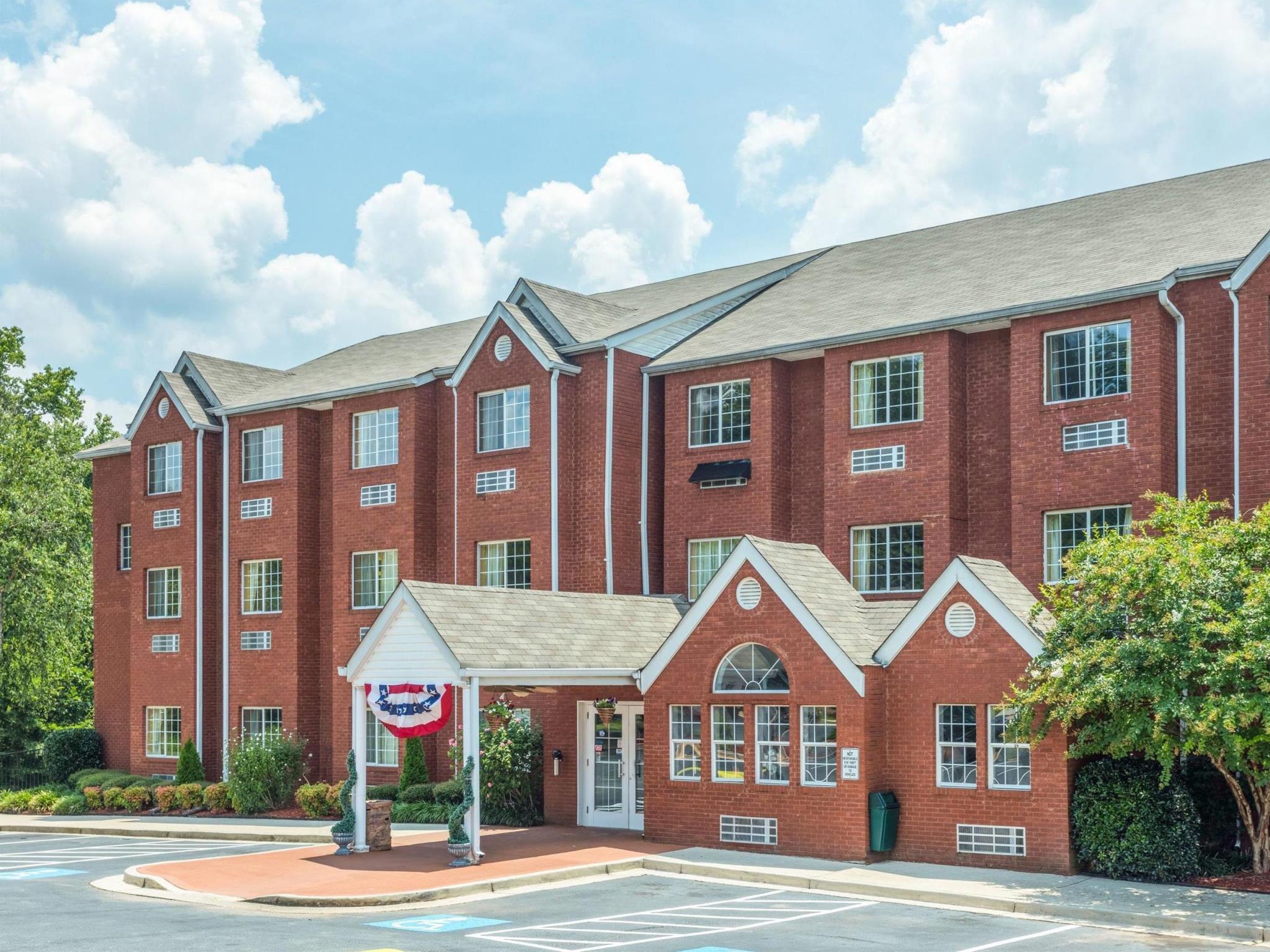 Microtel Inn And Suites By Wyndham Stockbridge Atlanta I 75