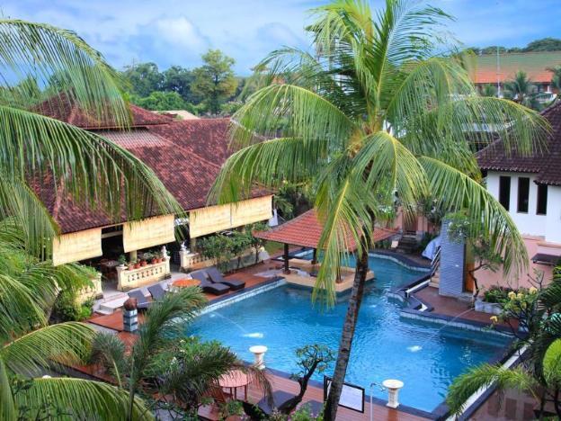 Bakung Beach Resort