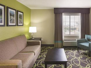 Фото отеля La Quinta Inn and Suites New Braunfels
