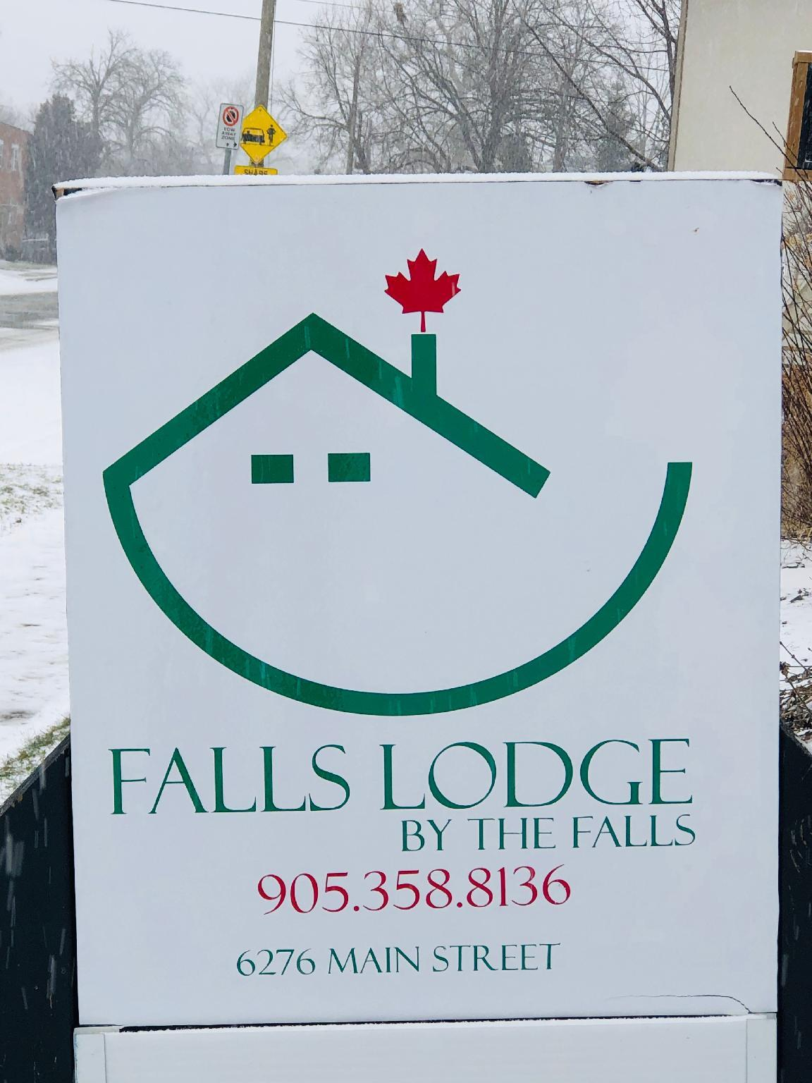 Falls Lodge By The Falls