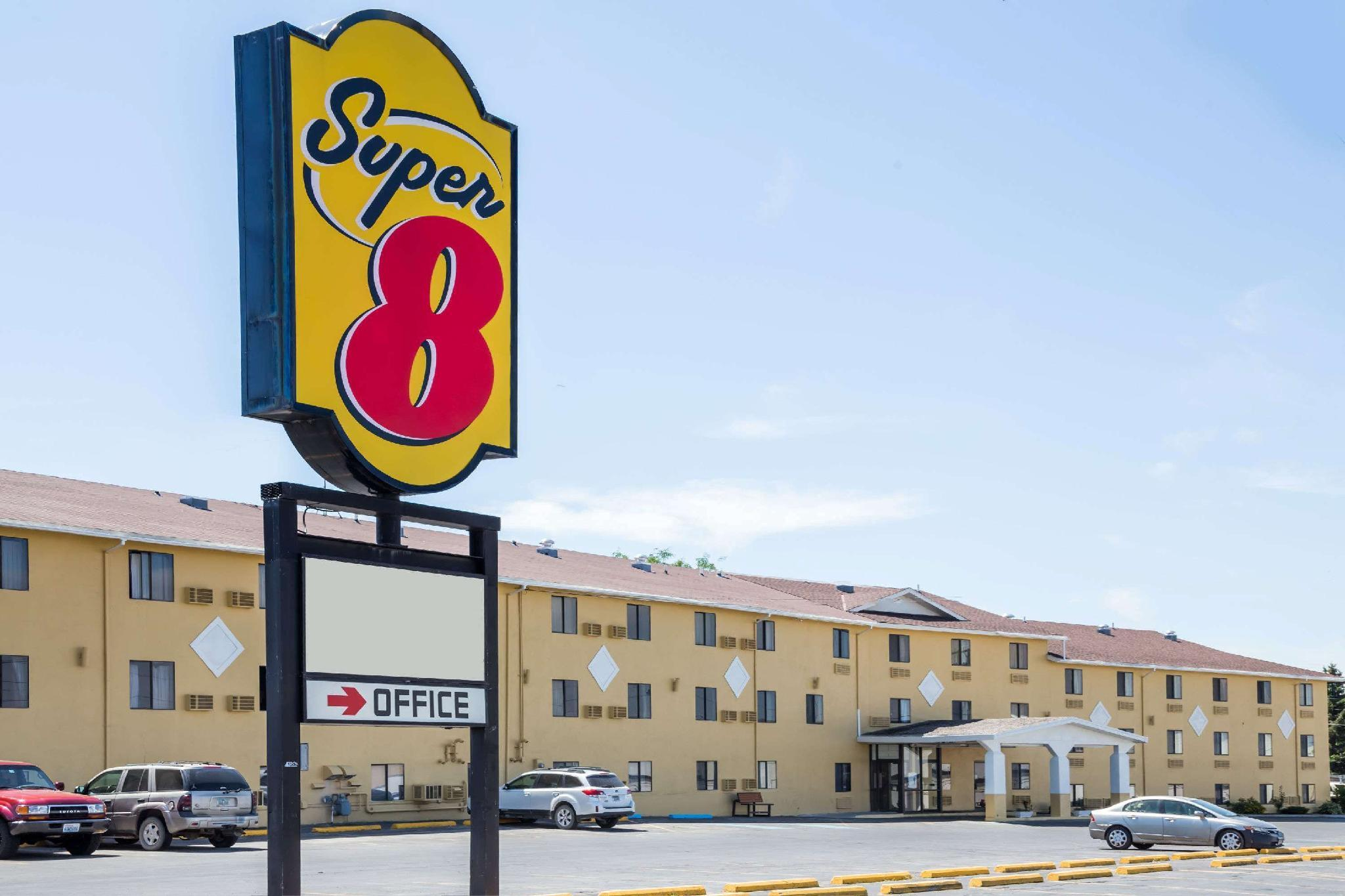 Super 8 By Wyndham Great Falls Mt