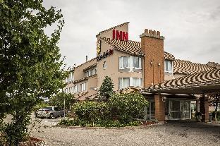 Monte Carlo Inn Oakville Suites