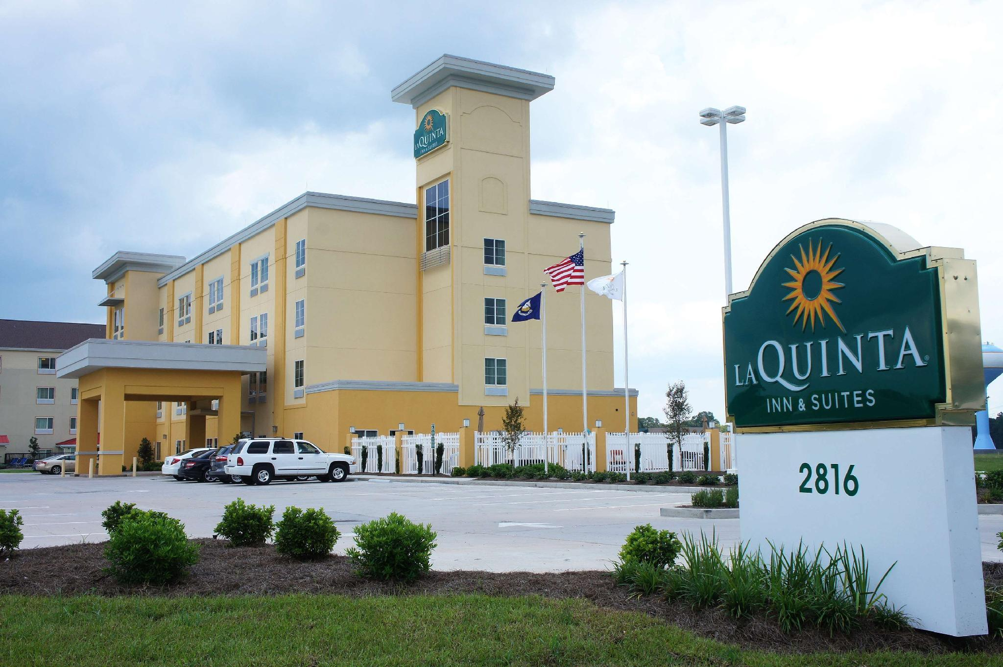 La Quinta Inn And Suites By Wyndham Gonzales LA