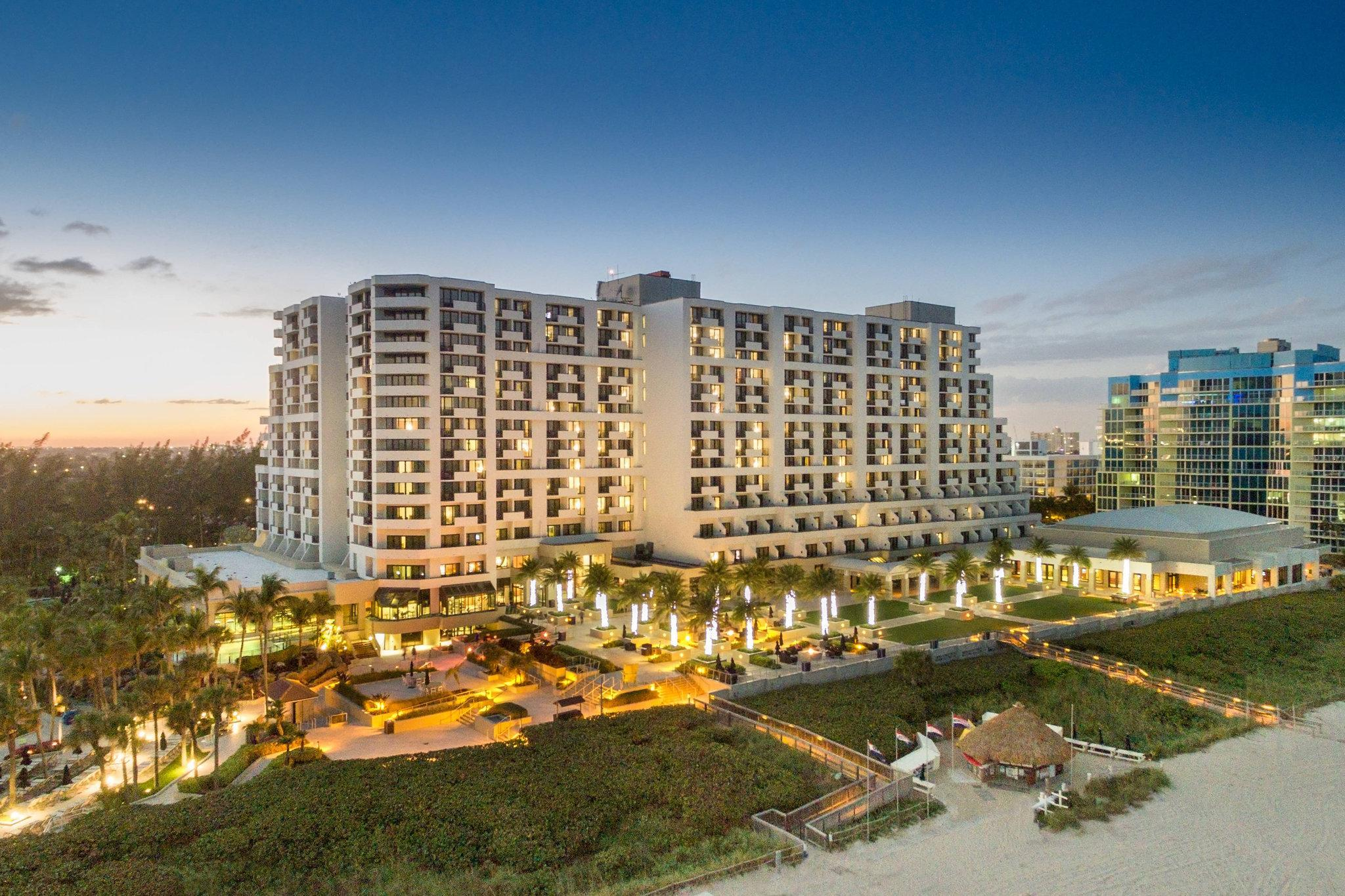 Fort Lauderdale Marriott Harbor Beach Resort And Spa