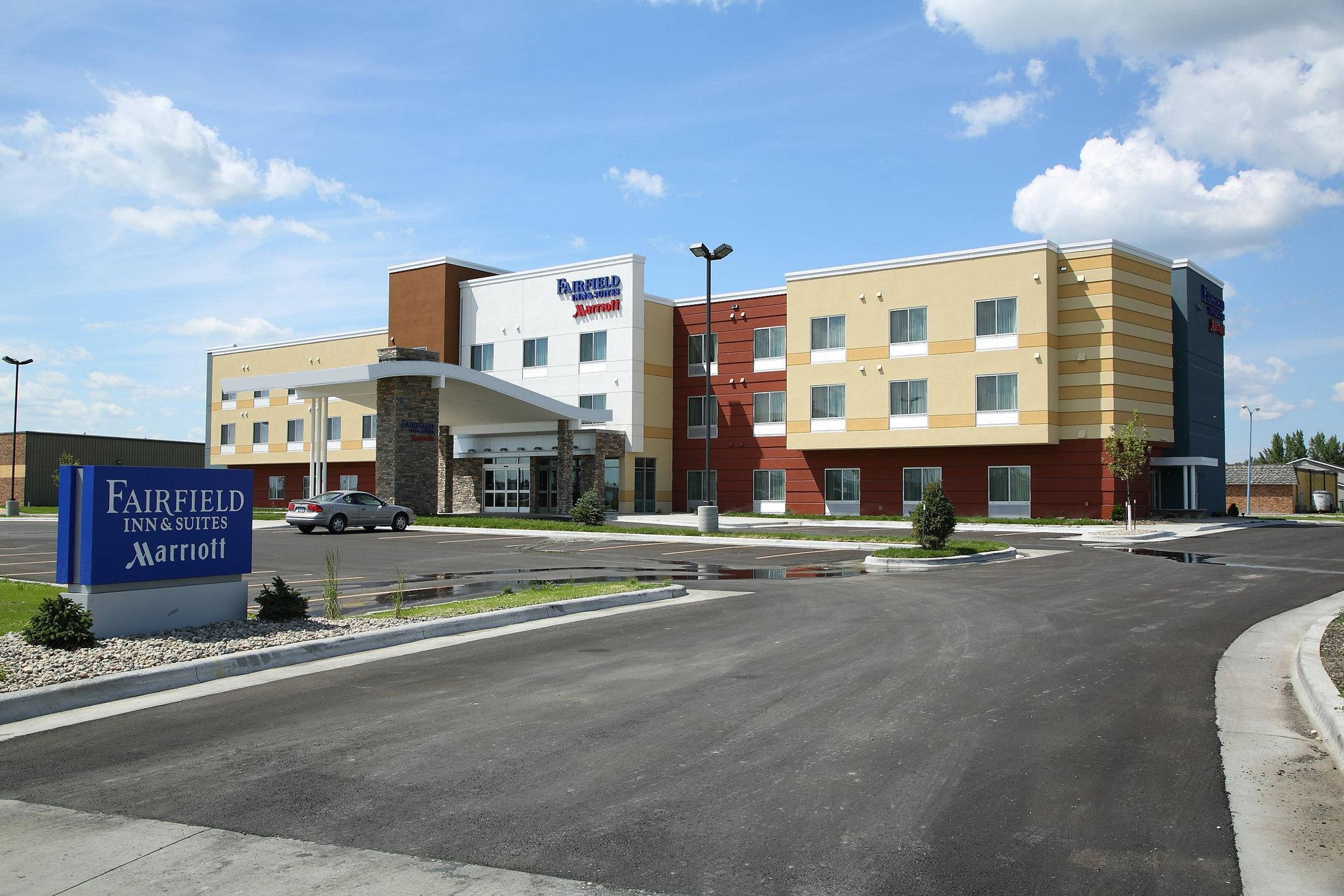 Fairfield Inn And Suites East Grand Forks