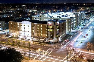 Фото отеля SpringHill Suites Norfolk Old Dominion University