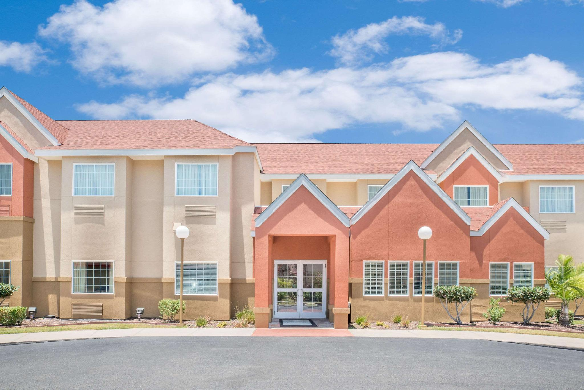 Microtel Inn & Suites By Wyndham Aransas Pass Corpus Christi