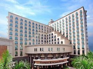 Centenio Kingdom Hotel