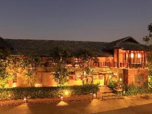 香格里拉博提查里亚酒店 (Baan Lapoon Hotel)