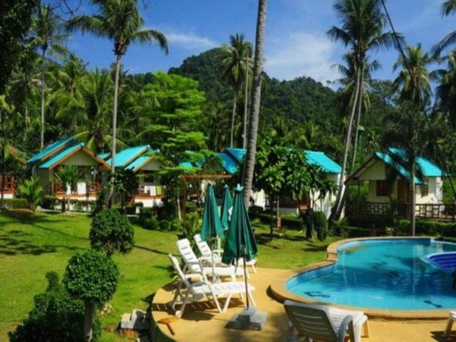 กรีน คอทเทจ บีช รีสอร์ท – Green Cottage Beach Resort
