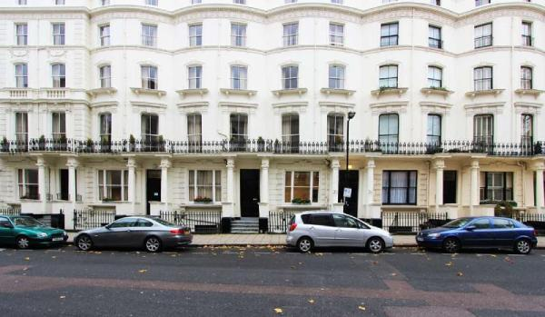 Princes Square Serviced Apartments London