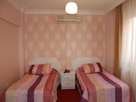 Anit Park Hotel