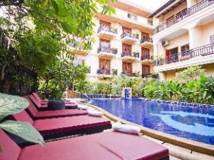 โรงแรมฤทธี ไรน์ อังกอร์ (Rithy Rine Angkor Hotel)
