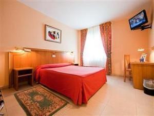 Rey Arturo Hotel