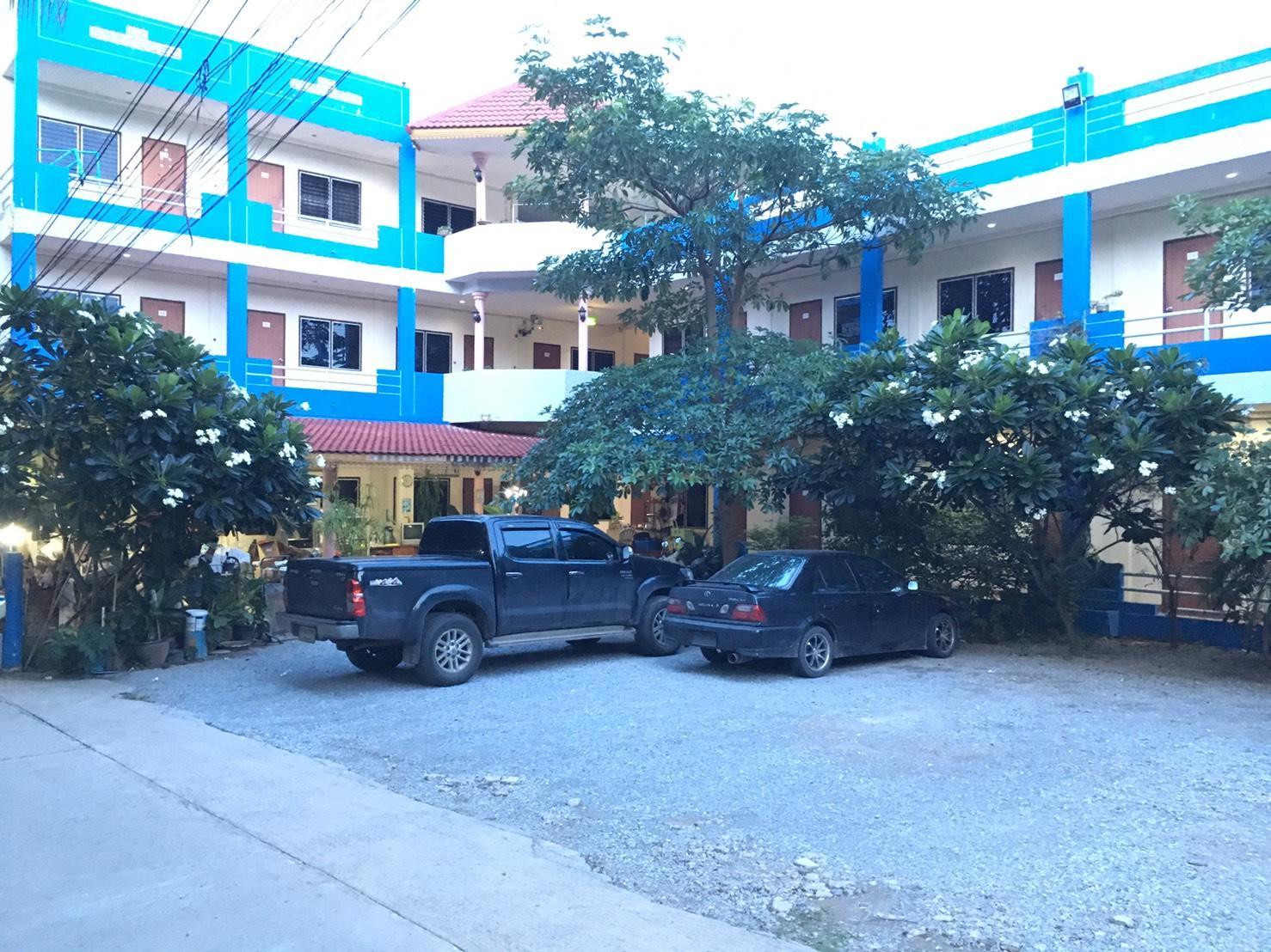 The 99 Inn Hotel