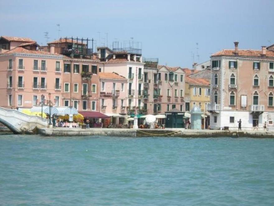 Veneziacentopercento Rooms And Apartments