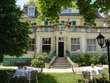 Villa Oranien