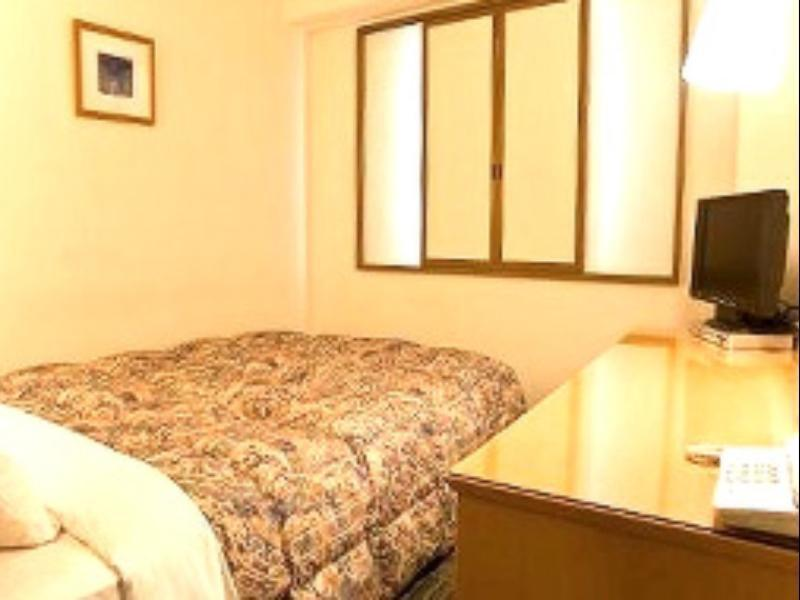 Standard Small Double Bed With Breakfast - Non Smoking