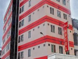 關於廣場飯店 (Plaza Hotel Mangga Dua)