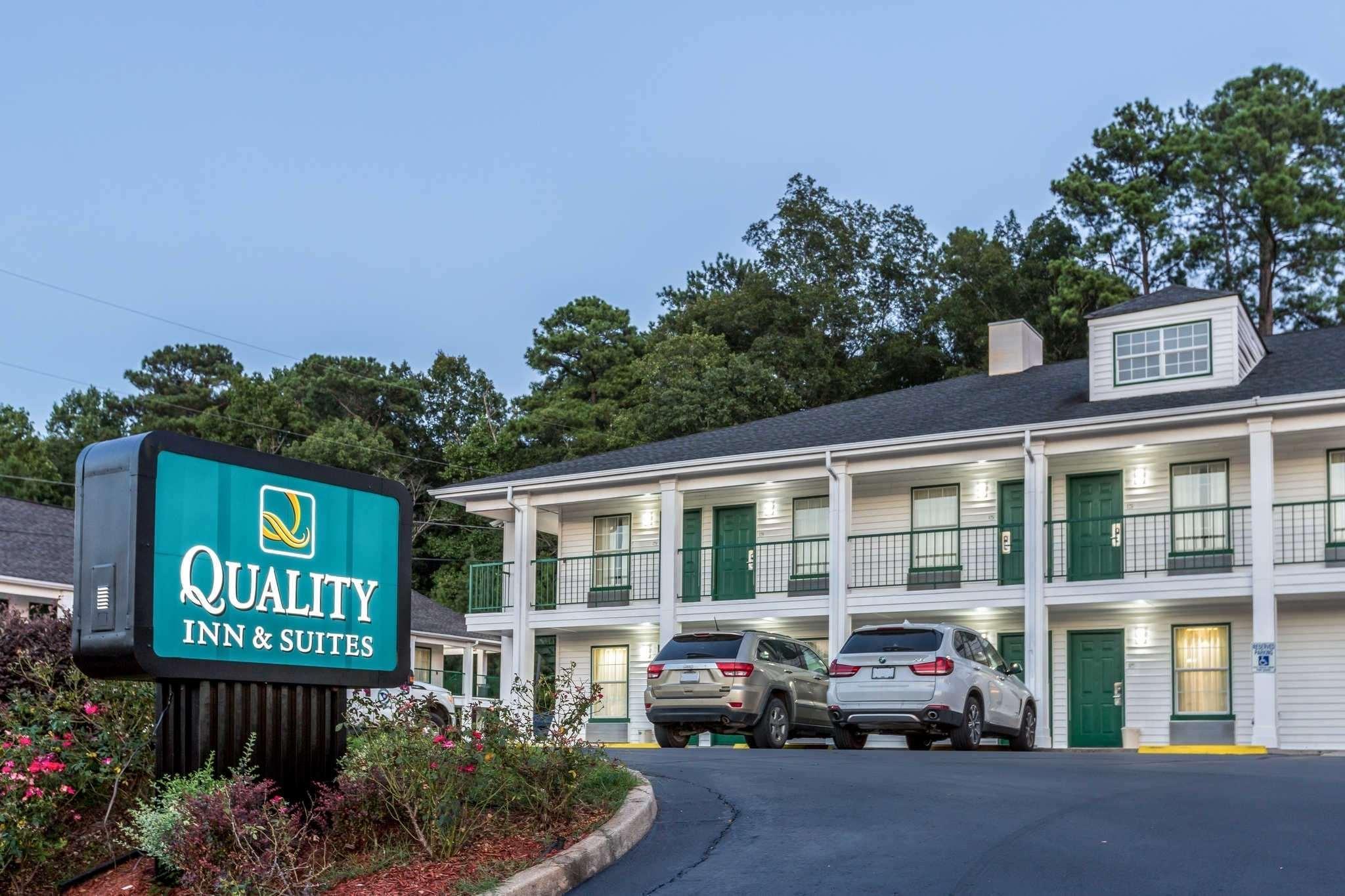 Quality Inn And Suites Near Lake Oconee