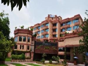 Hotel Jaipur Palace