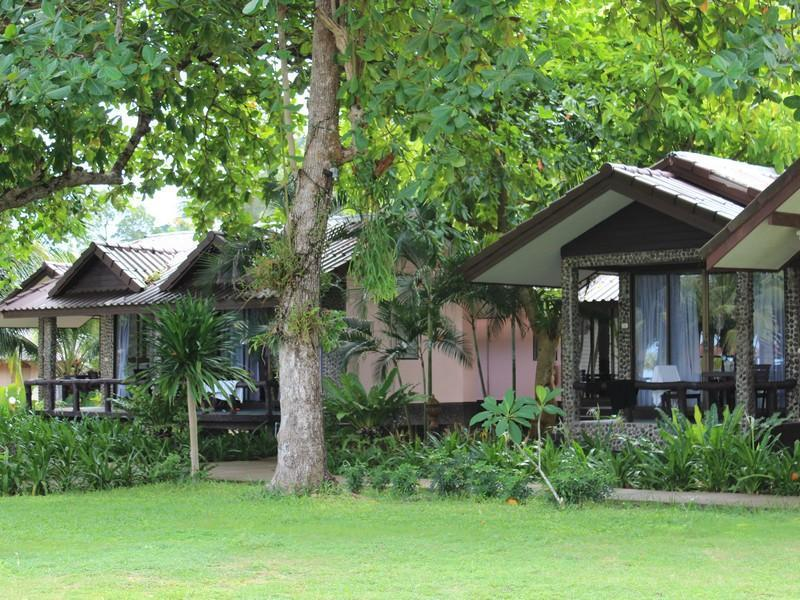 Nang Nual Resort นางนวล รีสอร์ท