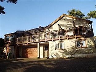Woodgrove Lodge