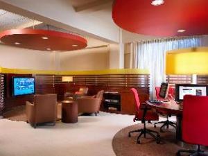 シェラトン アルバカーキ エアポート ホテル (Sheraton Albuquerque Airport Hotel)
