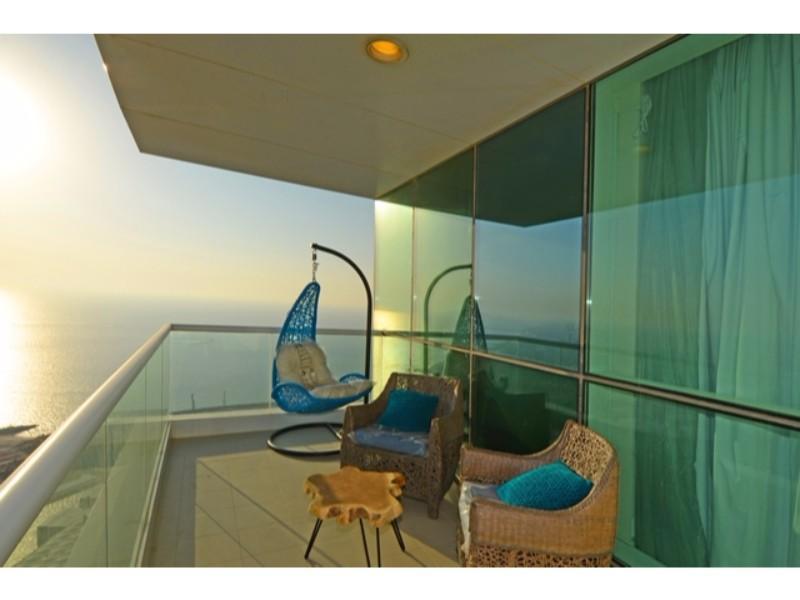 JBR Walk Luxurious Three Bedrooms In Al Bateen Res