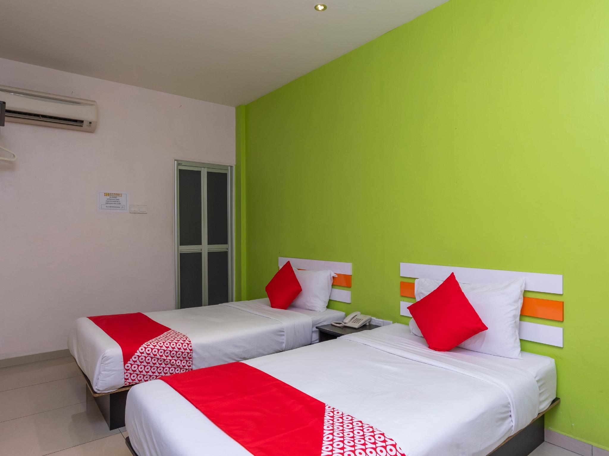 OYO 966 Segamat Red Orange Hotel Sdn Bhd