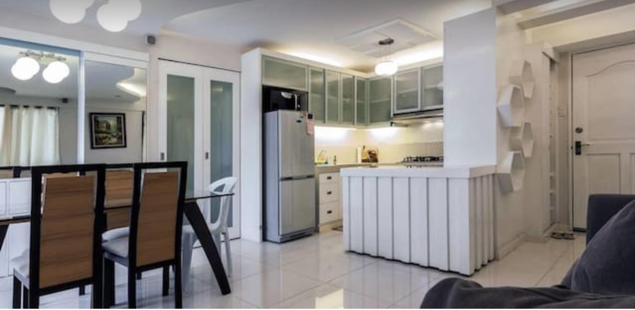 Three Bedroom Condo W  Balconies In Resort Estate