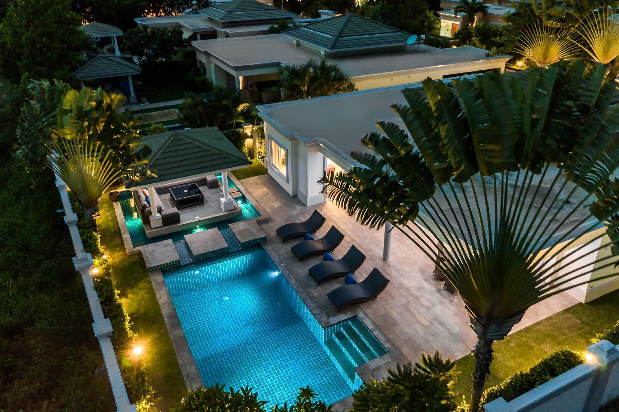 Luxury Pool Villa 608 / 4 BR 8-10 Persons Luxury Pool Villa 608 / 4 BR 8-10 Persons