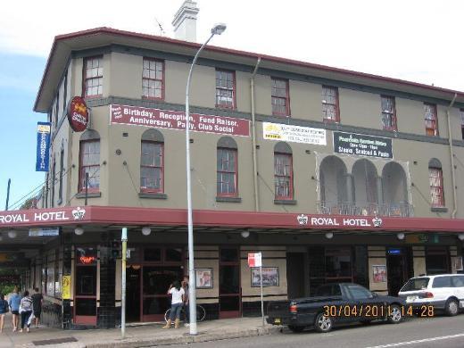 Bondi Shores Hotel