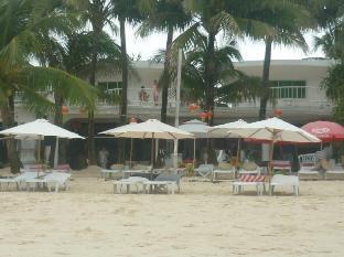 picture 1 of Alla Luna Rossa Beach Hotel
