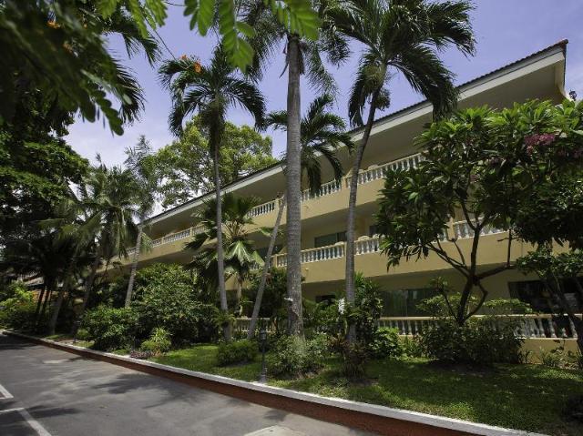 ทวิน ปาล์ม รีสอร์ท พัทยา – Twin Palms Resort Pattaya