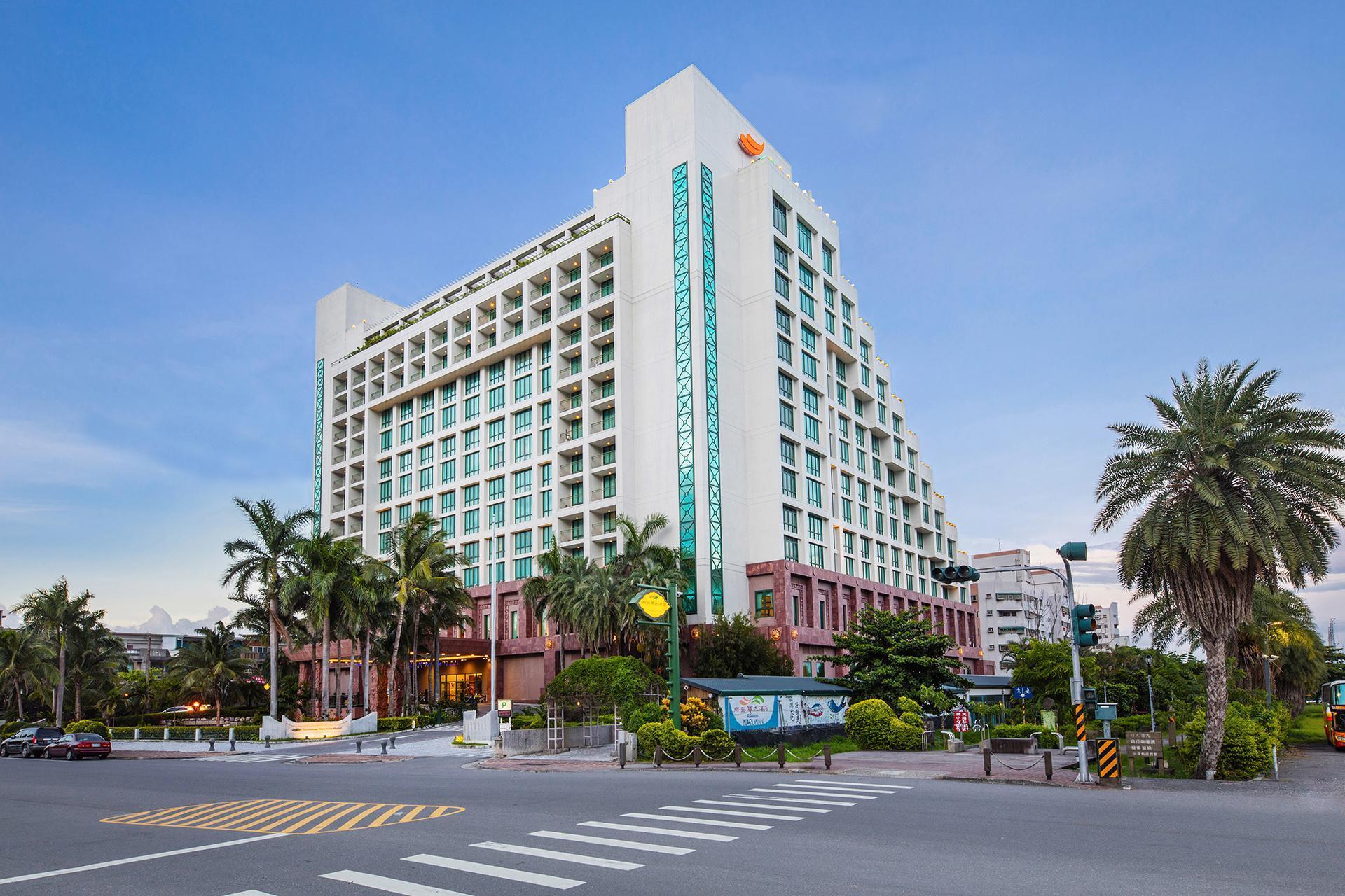 Naruwan Hotel