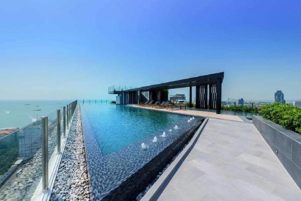 The Base Central Pattaya by Minsu Pattaya