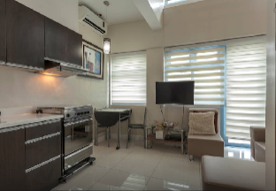 picture 5 of Loft with Balcony in Makati (L1)