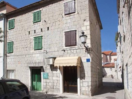 Apartments Fontana