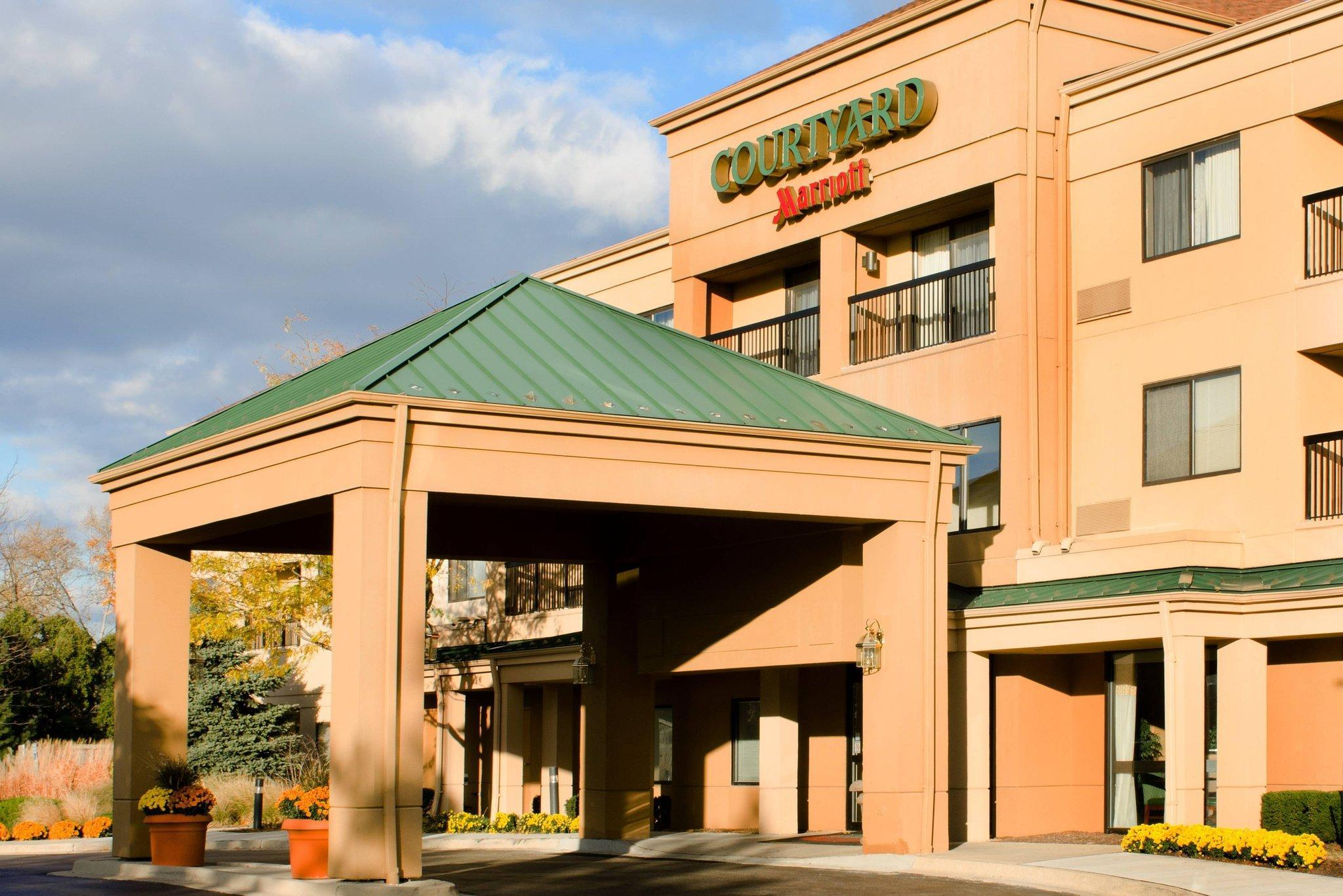Courtyard By Marriott Chicago Elgin West Dundee