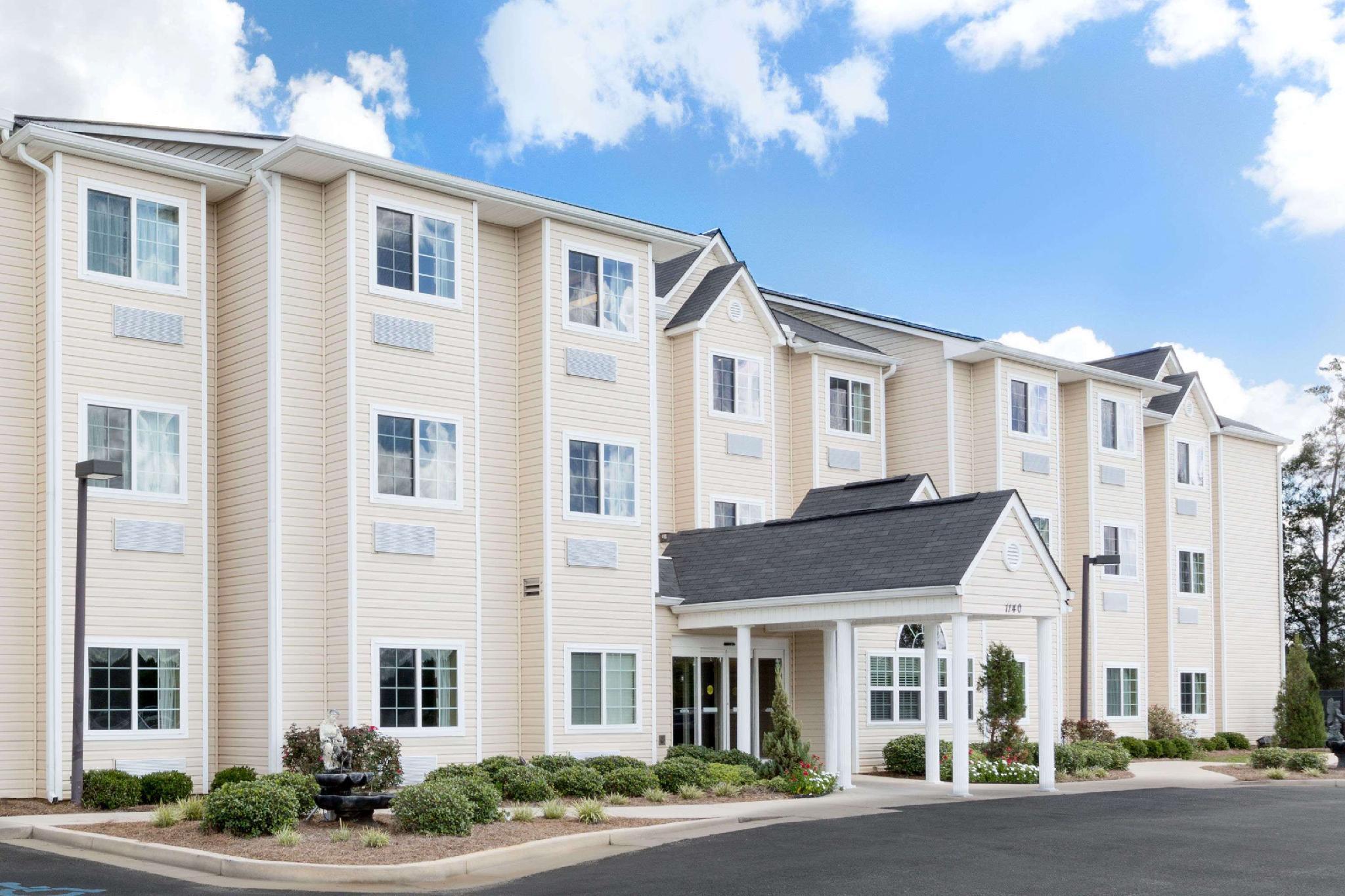 Microtel Inn And Suites By Wyndham Ozark