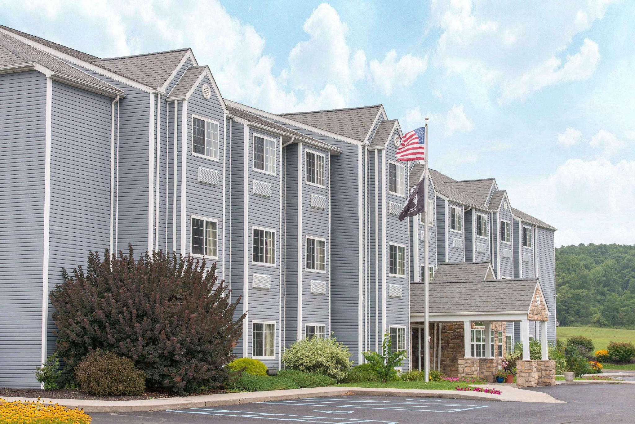 Microtel Inn And Suites By Wyndham Hazelton Bruceton Mills