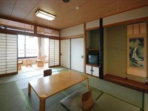 โฮเต็ล นากาสกี (Hotel Nagasaki)