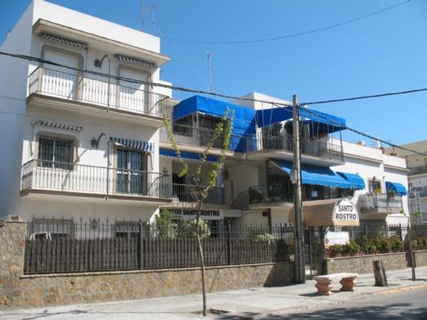 Apartamentos Turisticos Santo Rostro