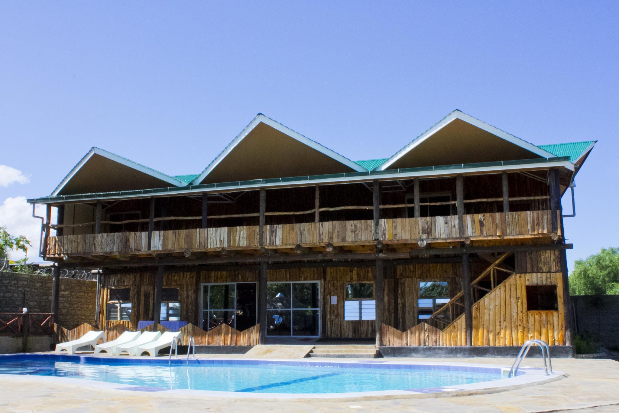 Dovenest Lodge