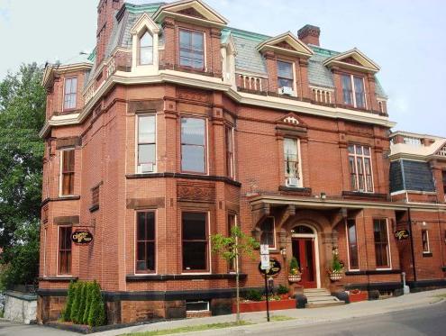 Chipman Hill Suites   Union Street
