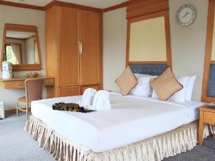 %name โรงแรมเกาะช้าง โบ๊ต ชาเลต์ เกาะช้าง